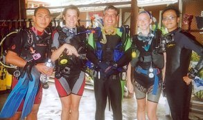 Heike and Brigit with friendly divers at Redang Aquatic Adventure Dive Centre