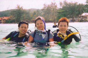 Guardian angels - Linda & Pauline with Linddi at Tanjung Tengah
